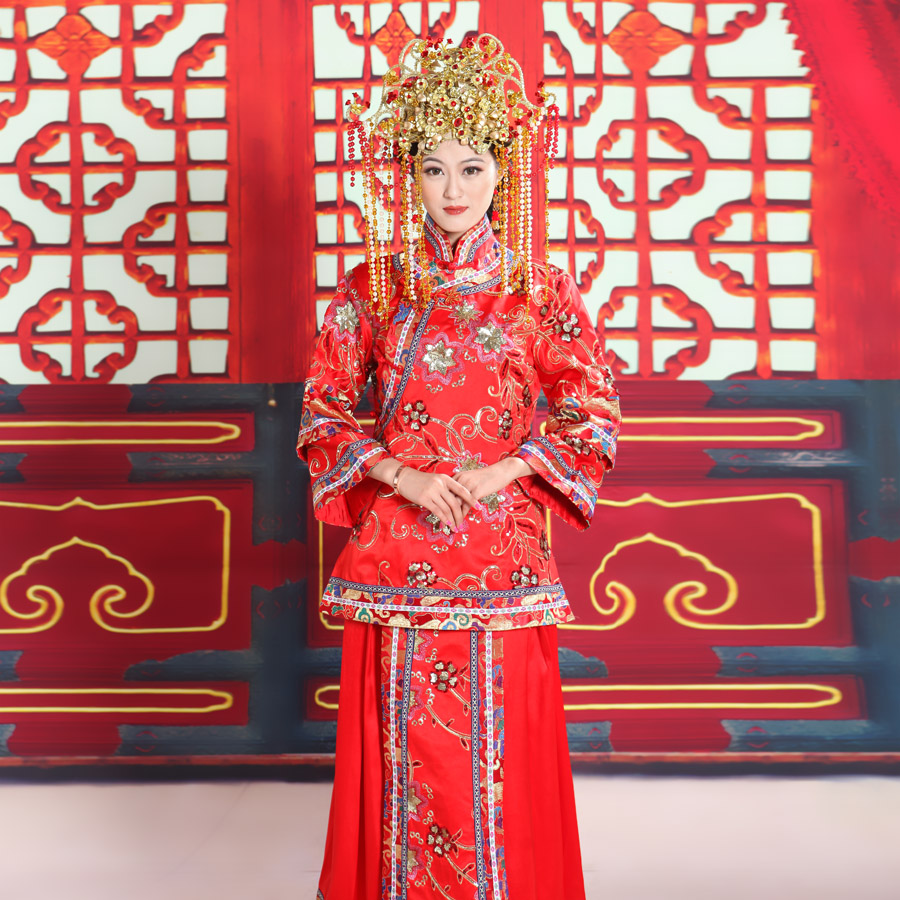 2013-chinese-style-show-clothes-wedding-dress-pratensis-evening-dress-long-design-plus-size-red-bride